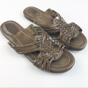 3cd7d1e4d1f89 Women Huarache Sandals on Poshmark